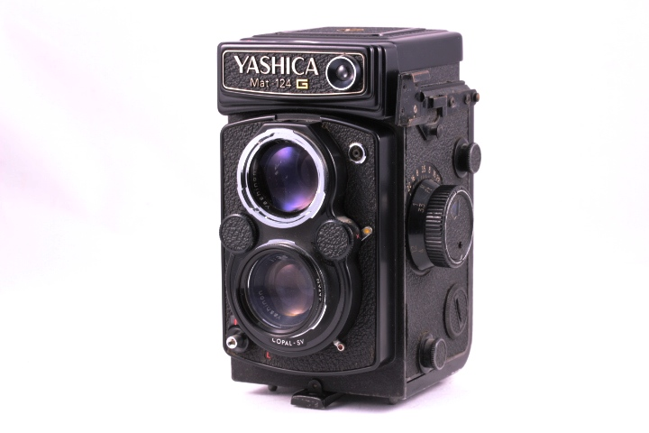 YASHICA MAT 124G-2